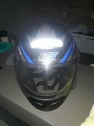 Vendo capacete novinho