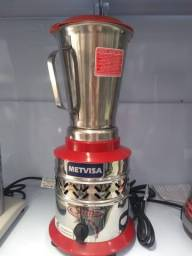 Liquidificador Metvisa Slim 1,5L. Copo Inox .