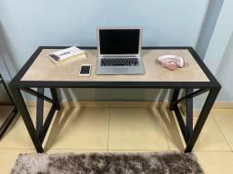Mesa para escritório