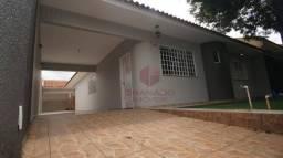 Casa com 3 dormitórios para alugar por R$ 2.100,00/mês - Jardim Pinheiros - Maringá/PR