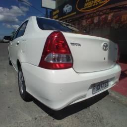 Toyota Etios 2018 sedan 1.5 AUt. financia se com entrada a partir de 10.000