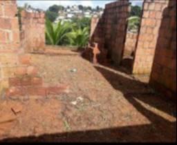 Terreno São Lourenço com casa em construção