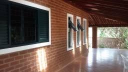 Excelente Chácara no Condomínio Chácaras das Palmeirinhas em Mococa