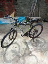 Vendo essa ótima bike aro 29 super conservada
