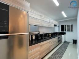 Apartamento com 02 dormitórios á venda em Torres