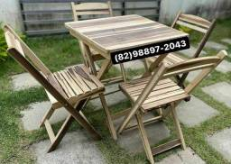 Mesa e cadeira que dobram