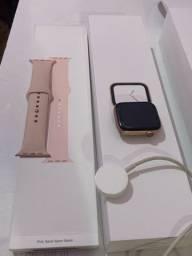 Apple Watch Series 4, 44mm rosê