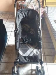 Vendo carrinho de bebê e cadeirinha para carro