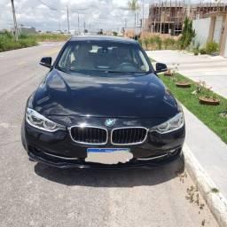 Vendo BMW 320i flex 17/17 preta 50mil km