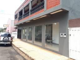 Sobrado Comercial e Residencial com 3 Quartos á venda - R$700.000 - Ourinhos/SP