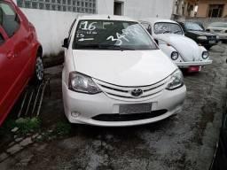 Etios sedan Completo