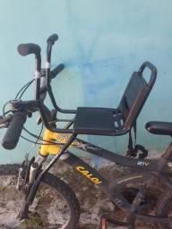 Cadeirinha de bicicleta