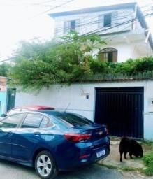Casa em Itapuã - 3 Quartos