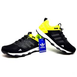Tênis Adidas Kanadia Tr7 Masculino e Feminino<br><br>