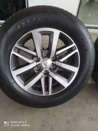 Jogo de rodas 265/70 R18