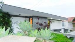 Casa à venda com 3 dormitórios em Três figueiras, Porto alegre cod:AR69
