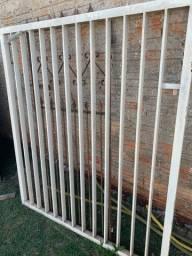 Portão em metalon galvanizado 1,32 x 1,50