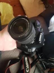 Câmera Canon T3+ cartão 8gn + estojo