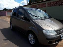 Fiat Idea Vendo ou Troco - 2010