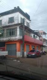 Casa com Ponto Comercial - Jauary I