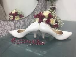 Sapato 35 branco noiva