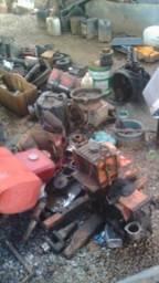 Motores estacionários e peças usadas em geral