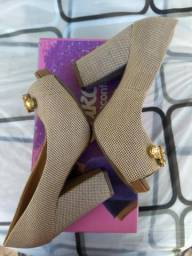 Vendo sapato kity número 36, em perfeito estado de conservação