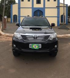Toyota Hilux SW4 SRV 7 lugares 2015 - 2015