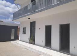 Aluga-se apartamento no Nova Betânia piscina
