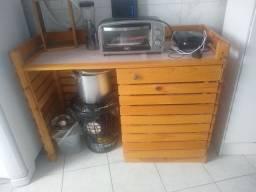Estante buffet de madeira