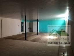 Sala Comercial com 150m², casa com 3 cômodos