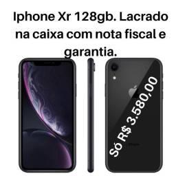IPhone Xr 128gb lacrado garantia e NF