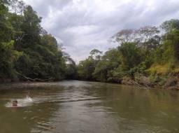 Chácaras após Cristianopolis Rio do Peixe (105km de Goiânia)