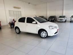 Toyota Etios X 1.3 Flex