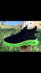 Adidas Yezzy Maverick, o lançamento do ano de 2020. 1 por 90.00rs 2 por 170.00rs