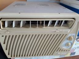 Ar condicionado 7500 Springer 220W