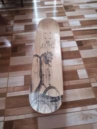 Vendo um skate EDYE
