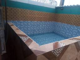 Casa com piscina e grande