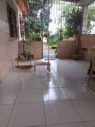 Casa lugar tranquilo, 3 quartos e quintal