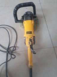 Máquina  de fazer  polimento  300 reais