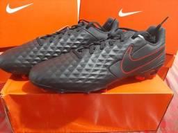 Chuteira Nike Tiempo (COURO)