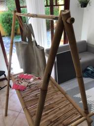 Arara Expositora de Bambu