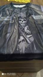 Camiseta estilo motoqueiro