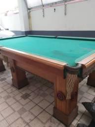 Mesa de Bilhar Profissional em madeira