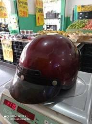 Vendo capacete antigo