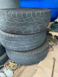 3 pneus 265 75 16