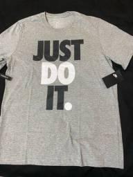 Camiseta Nike , Adidas