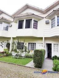Casa à venda em condomínio próximo ao centro, Bom Retiro, Teresópolis, RJ