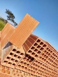 Vende-se tijolos furados direto da fábrica !