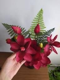 Vaso com flores artificiais (Tok & Stok)